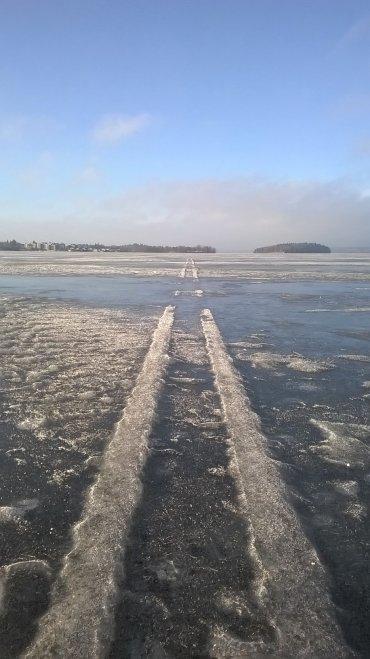 Pyhäjärven jäällä tammikuussa 2017